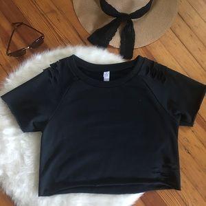Short sleeve sweatshirt with ripped look